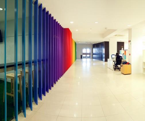 Singularoffices cool offices espacios de trabajo nicos for Cajasiete oficinas
