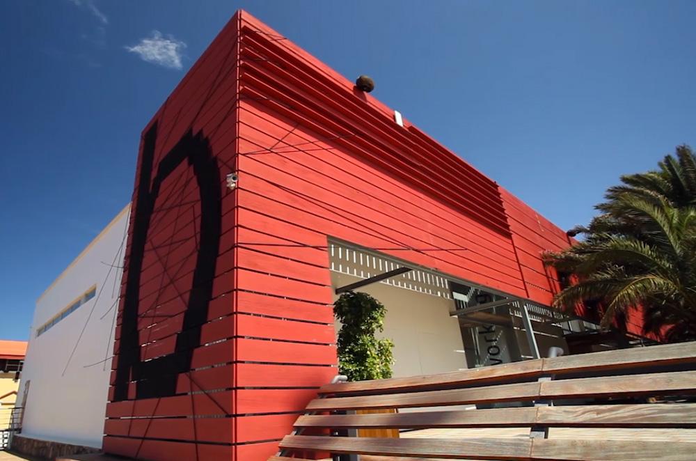 Singularoffices cool offices espacios de trabajo nicos for Oficina turismo canarias